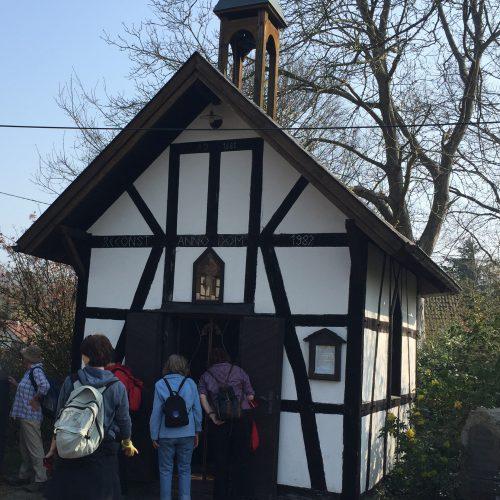Kapellenwanderung im Pleiser Ländchen – der Bericht